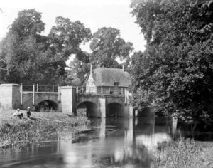 Chiselhampton Bridge